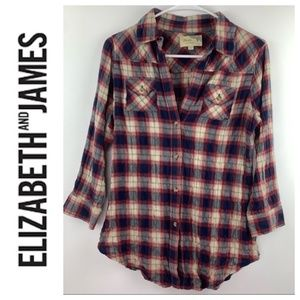 Elizabeth and James Flannel Back Button Detail S